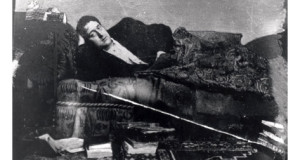 portrait-of-guillaume-apollinaire-reclining-circa-1910