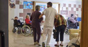 Alzheimer, la residenza per anziani della fondazione turati di Gavinana