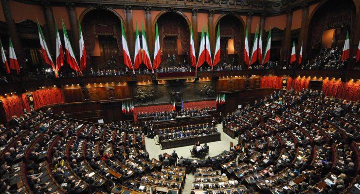 Il gioco si è fatto duro e l'Italia si ritrova con una classe politica floscia